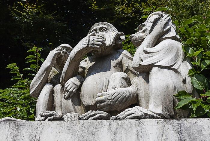 Фонтан Обезьян в парке Денанту, Лозанна. Мрамор. Эдуар-Марсель Сандоз, 1934 г.